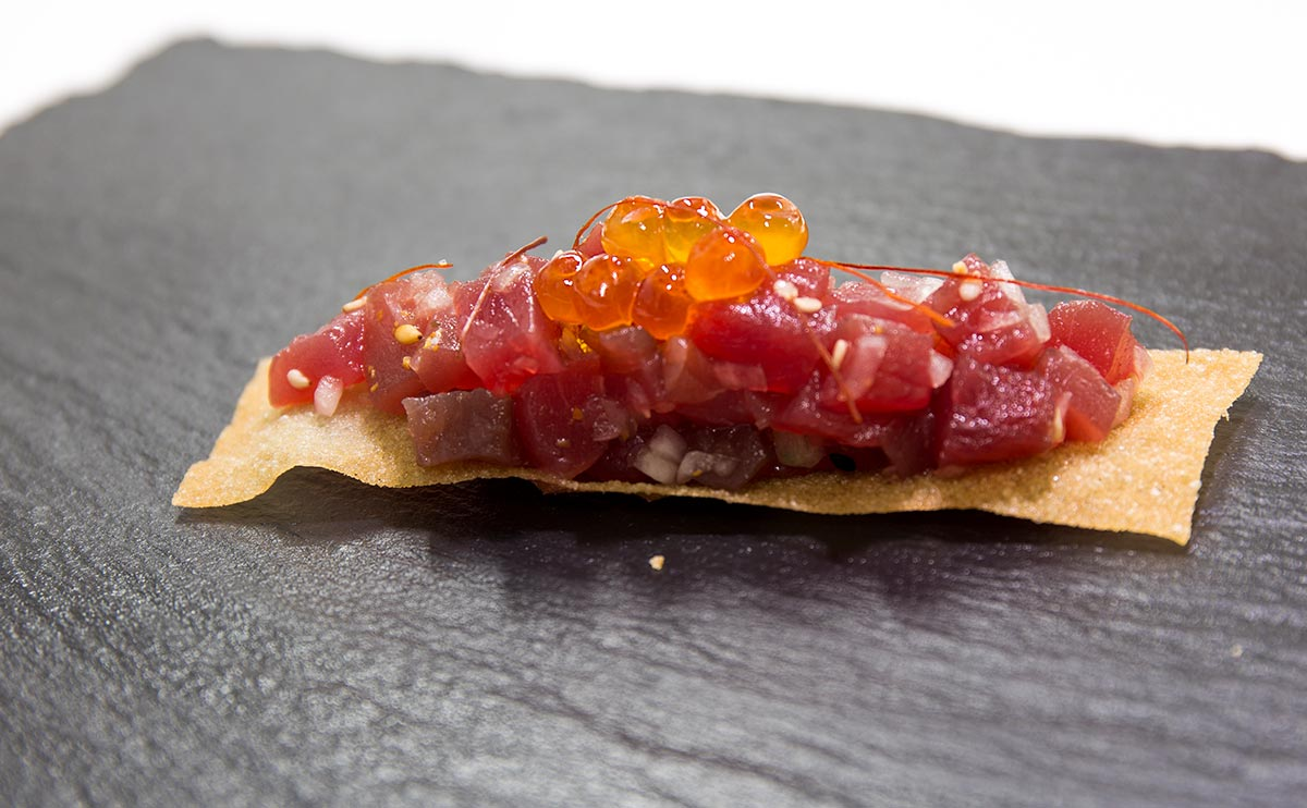 Plato A Barra en Restaurante Las Meigas en Huelva